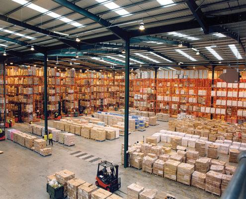 Un almacén propio del sector logístico